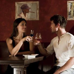 Рестораны, кафе, бары Емвы